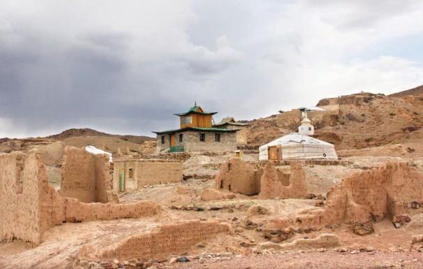 Ruinen des Tempels Ongiin